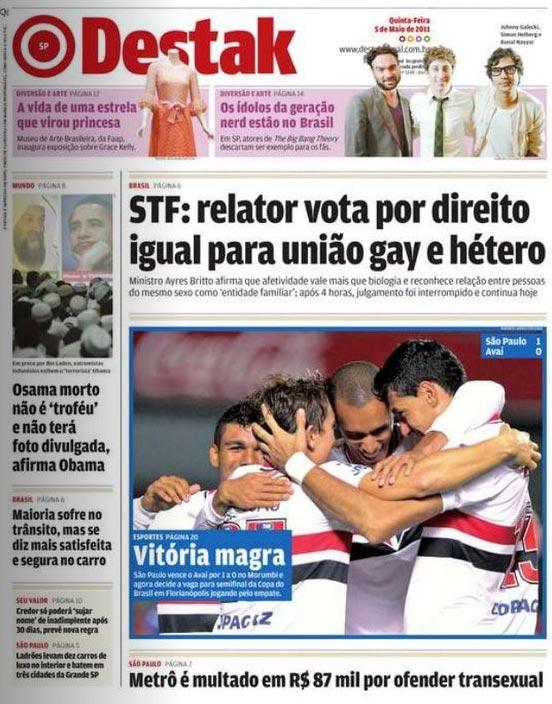 ScreenShots e Videos - Página 7 Jornal-fala-de-homosexualismo-e-mostra-foto-do-sao-paulo