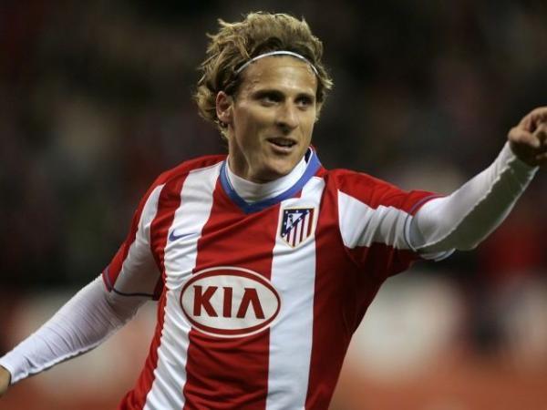 Elias diz que Forlán gostaria de jogar no Corinthians