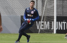 Matheus Vidotto no treino do Corinthians no CT Joaquim Grava