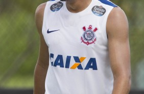 Jean no treino do Corinthians no CT Joaquim Grava