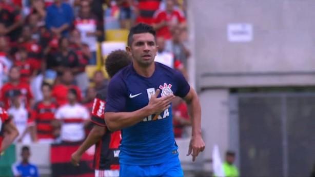 Guilherme comemora gol no Maracanã