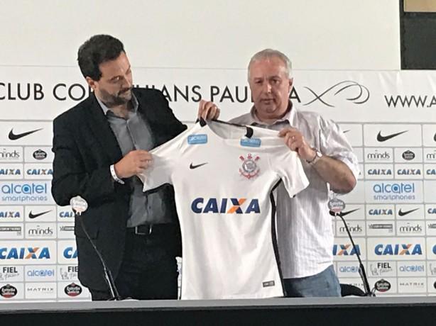94acd3e422 Roberto de Andrade celebrou acerto com Alcatel em entrevista na Arena