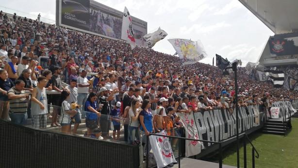 a2b212816a 32 mil torcedores foram ao estádio em Itaquera neste sábado