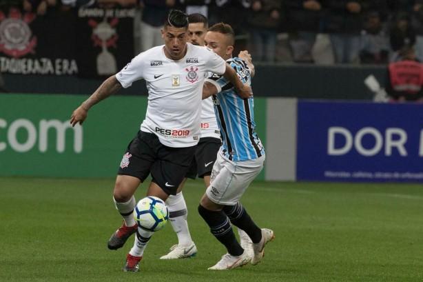 Ralf foi titular contra o Grêmio 33ce5f1f446a2