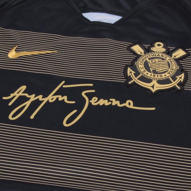 Corinthians lança oficialmente sua terceira camisa com homenagem a ... d041c32728824