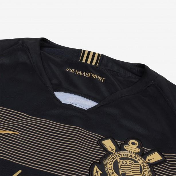 8943b69dd1 Corinthians lança oficialmente sua terceira camisa com homenagem a ...