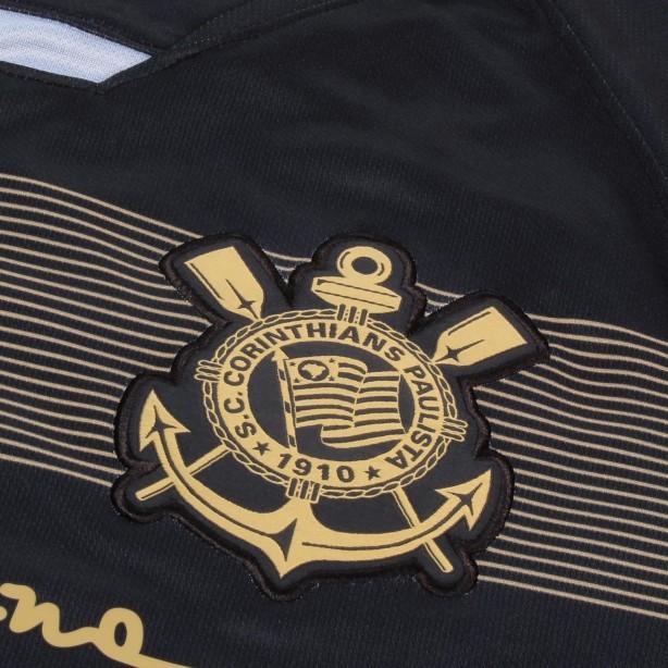 e33d7f1701 Corinthians lança oficialmente sua terceira camisa com homenagem a ...