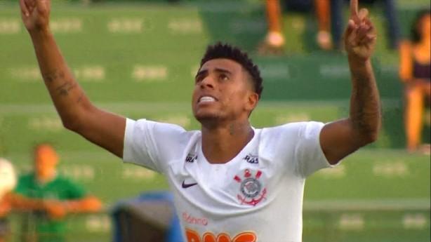Gustavo marcou seu primeiro gol oficial pelo Timão 3f21e8ad8cf19