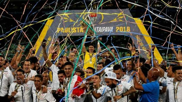 O Timão conquistou o título de campeão Paulista na casa do rival