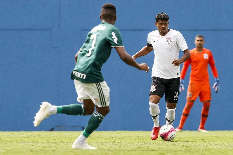 Wellinton na final do Paulista Sub-20, contra o Palmeiras