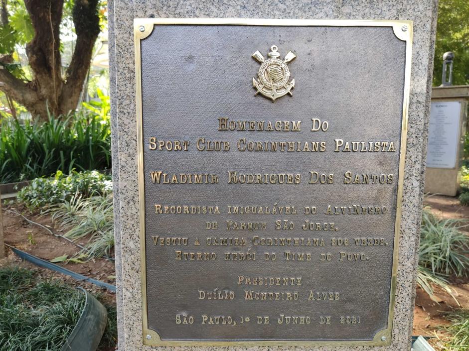 Homenagem ao Wladimir, ex-lateral do Corinthians, no Parque São Jorge